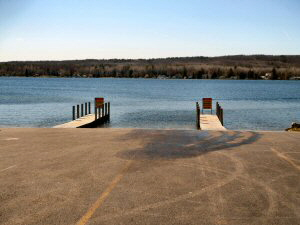 DNR Boat Launch on Hubbard Lake 300 x 225