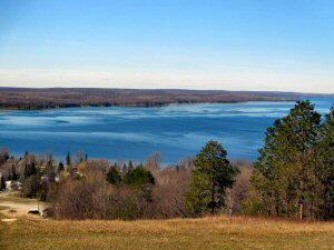 Hubbard Lake from Mt Mariah 300 x 225